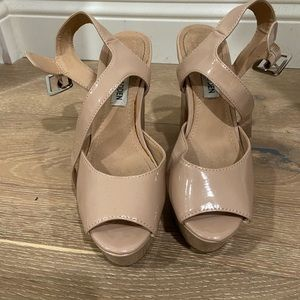 nude steve madden jillyy heels